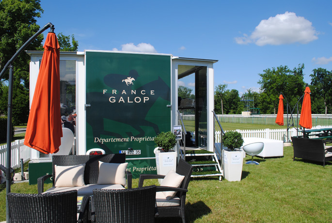 France Galop installe son Carré VIP